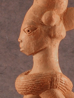 Side view of the female figurine.