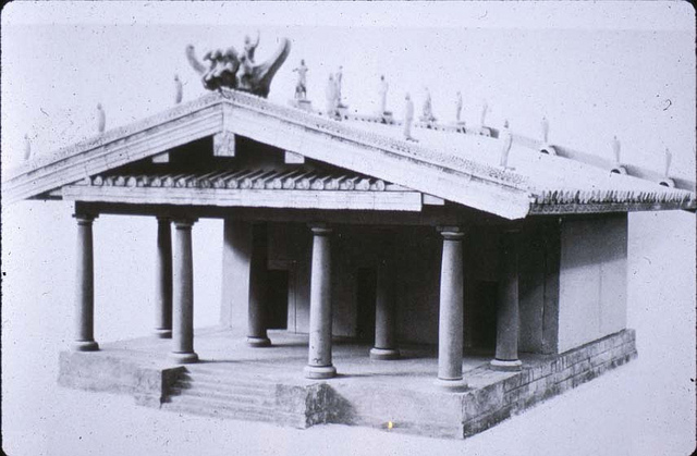 This is a photo of a model of the Portonaccio Sanctuary of Minerva shows a columned pronaos (porch) and a triple cella (the inner area of an ancient temple).