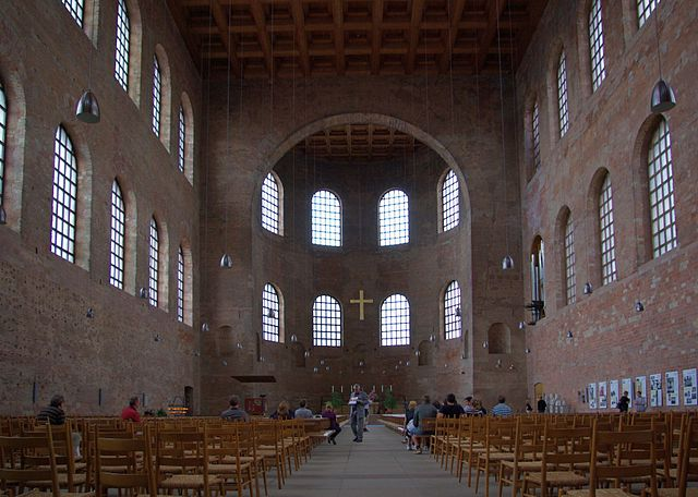This is a photo of the interior of the Aula Palatina, facing north.
