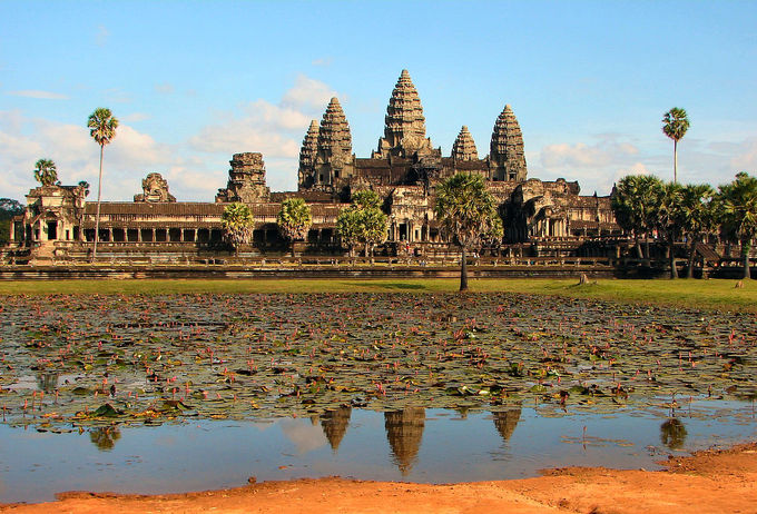 This current-day photo shows a frontal view of the main complex of Angkor Wat.