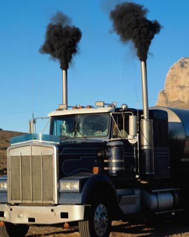 polusi udara merusak sumber daya alam