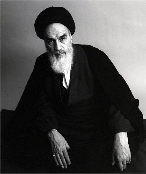 A photo portrait of Ayatollah Khomeini.