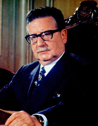 Photo portrait of Salvador Allende Gossens