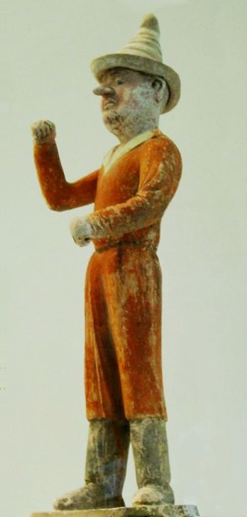 Image of a maritime figurine from the Tang period.